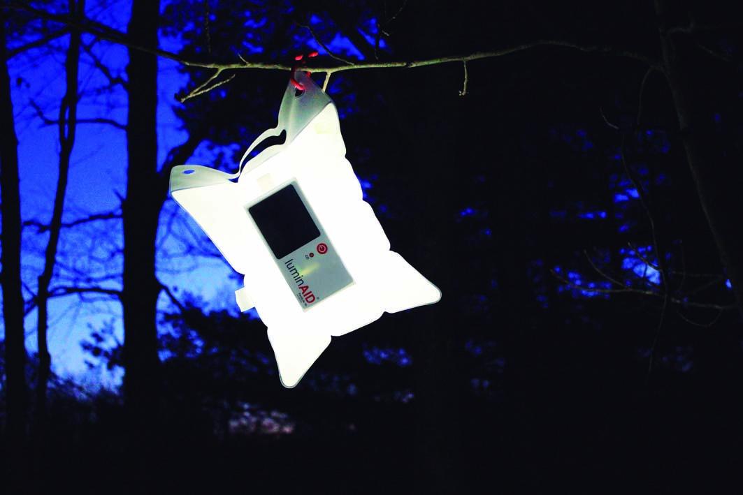 LuminAid la revolución en iluminación solar portátil