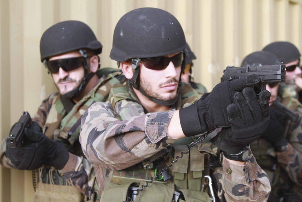Tercio Sur Infantería de Marina entrenamiento armas cortas