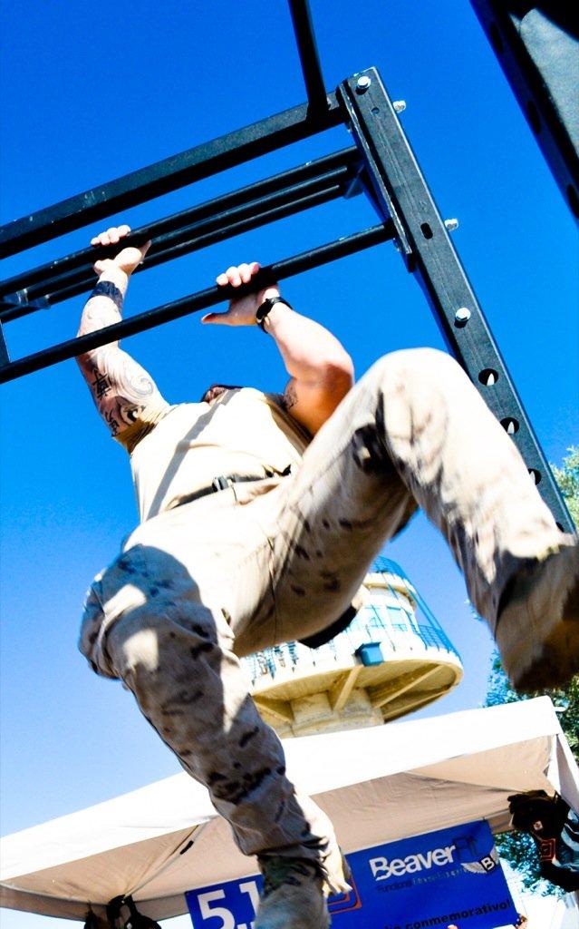 Beaverfit y militares entrenando duro